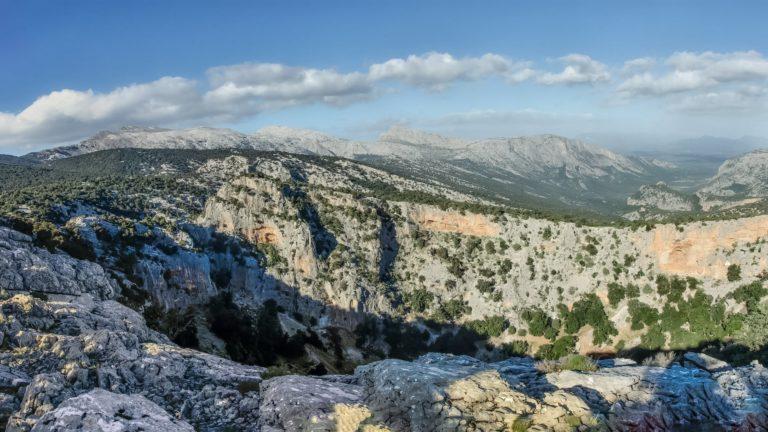 Trekking tour to Su Sercone (Su Sielhone)